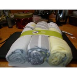 Kyпить Circo 3  Pack Hooded Towels на еВаy.соm