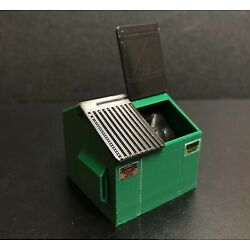 Kyпить O Scale (1:48) NEW Green Dumpster with Adjustable Lid NO Paint Required на еВаy.соm