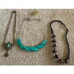 Kyпить Jewelry 3 Necklaces 1 Stretchy Ring Vintage To Modern Junk Drawer Harder To Find на еВаy.соm