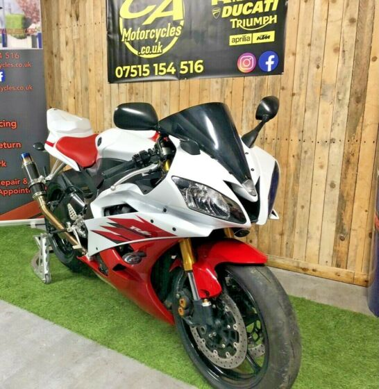 YAMAHA R6 R - 2C0 - STUNNING - MINT - LOW MILES - 2006 - FINANCE AVAILABLE