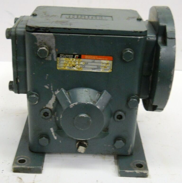 Reliance electric gear reducer 1 1 2 hp 18 1 ebay for Master electric gear motor
