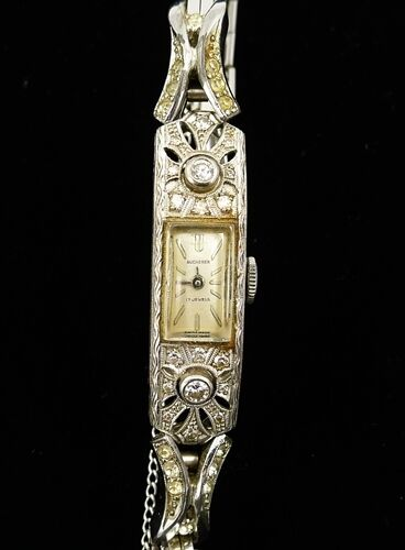 Vintage Bucherer Ladies Watch 18k Diamonds 17 Jewels Swiss
