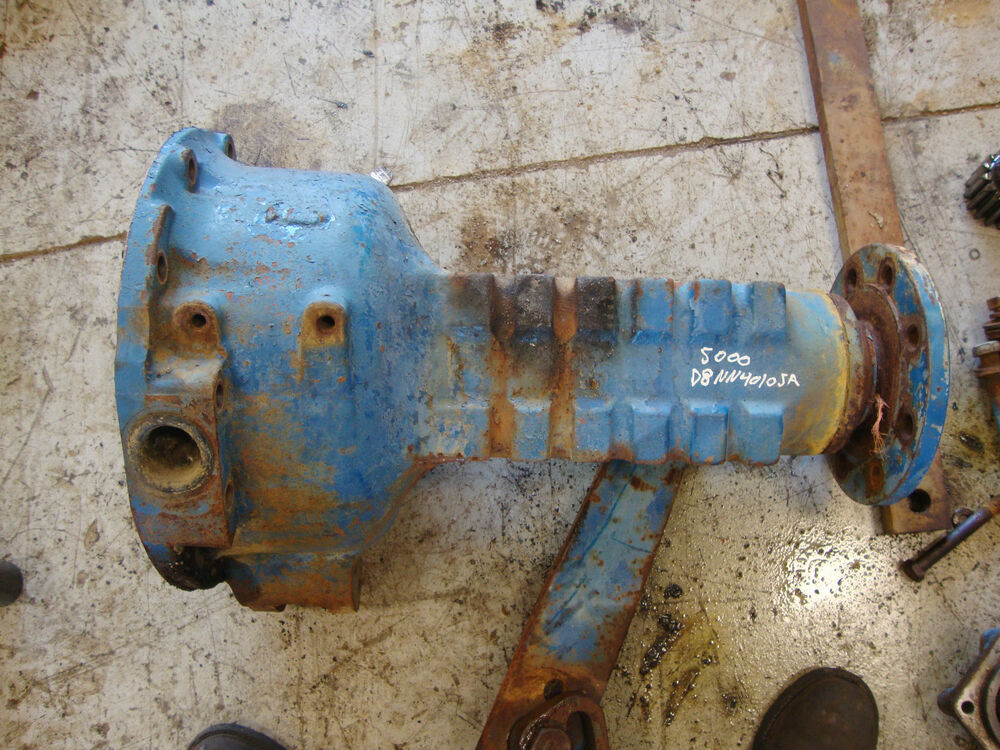 Ford Tractor Rear End : Ford tractor rear axle complete right housing