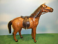 LEATHER MODEL HORSE 1:06 SCALE