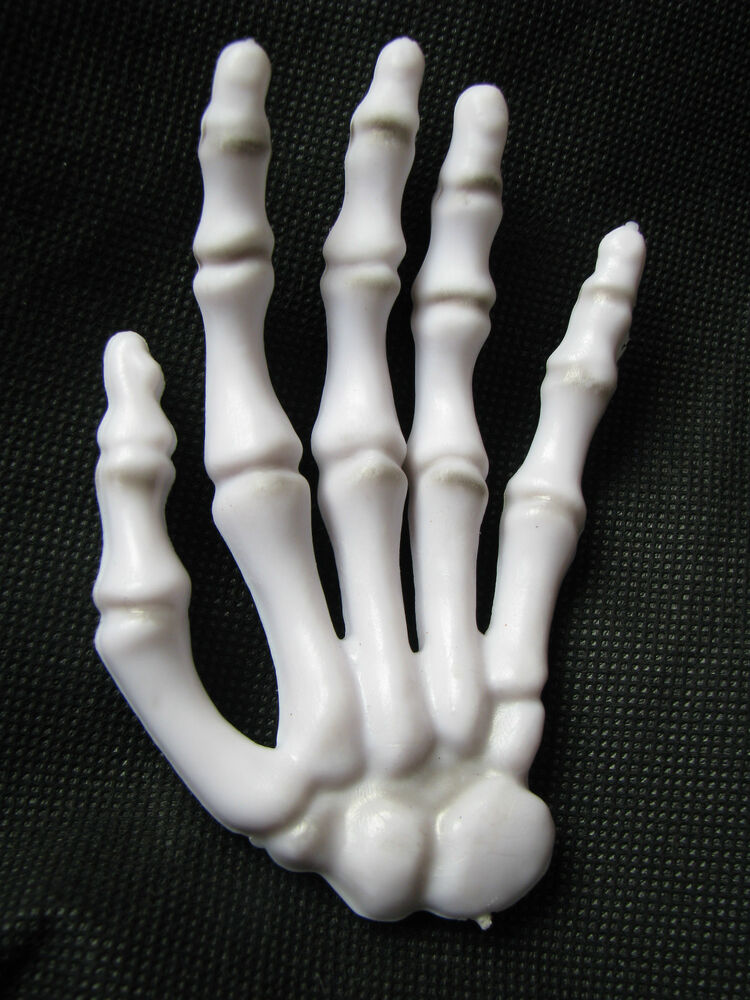 halloween poseable bendable skeleton hand decor prop 4 5