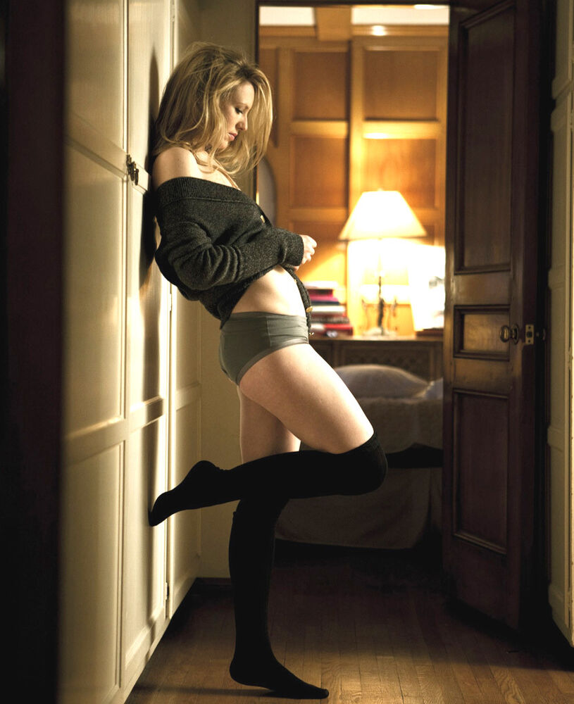 Anna Torv Nude Pictures 26