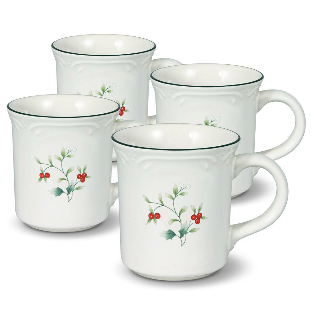 pfaltzgraff winterberry coffee mugs set of 4 ebay. Black Bedroom Furniture Sets. Home Design Ideas