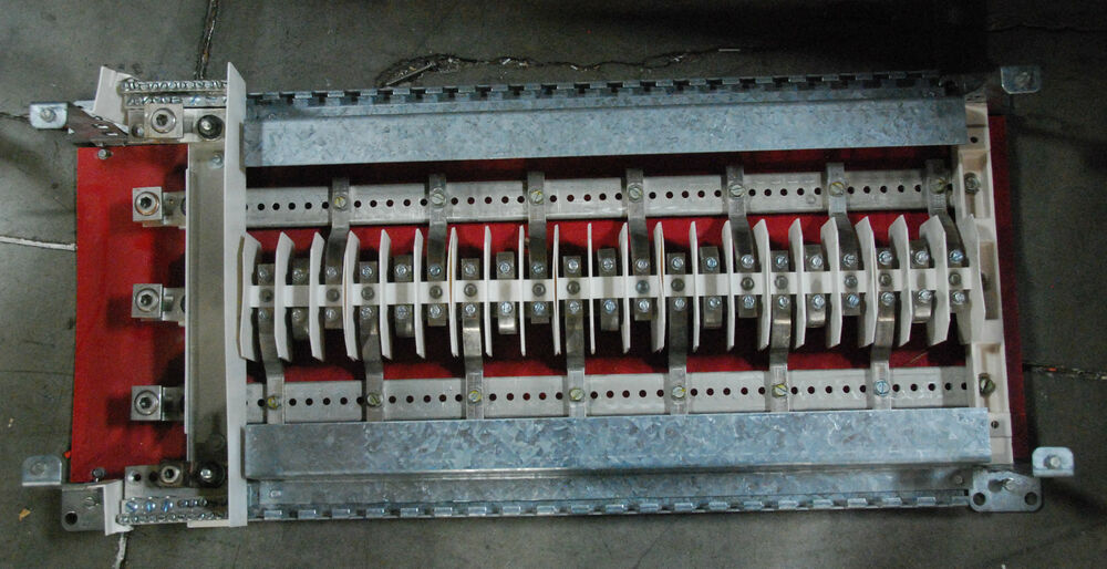 ite 125a 225a amp panel board  3 ph 42 slots main lug only
