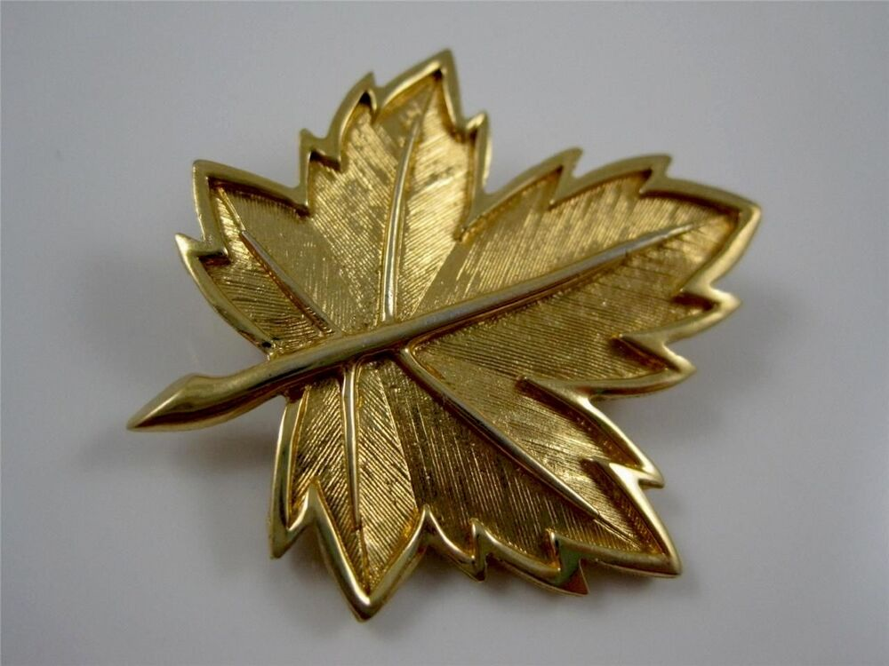 Is Monet Jewelry Real >> Signed Boucher Gold Tone Maple Leaf Textured Pin Brooch #8238P | eBay