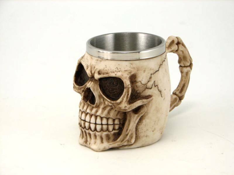 gothic medieval skull bones head mug cup new in box