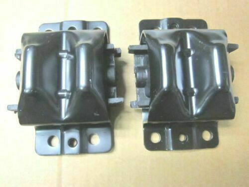 Both sides 77 78 chevy pick up truck engine motor mounts for 350 chevy truck motor