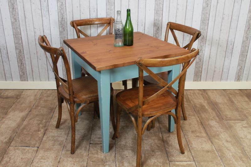 Bespoke rustic pine cafe tables restaurant furniture for Table cuisine 1 pied