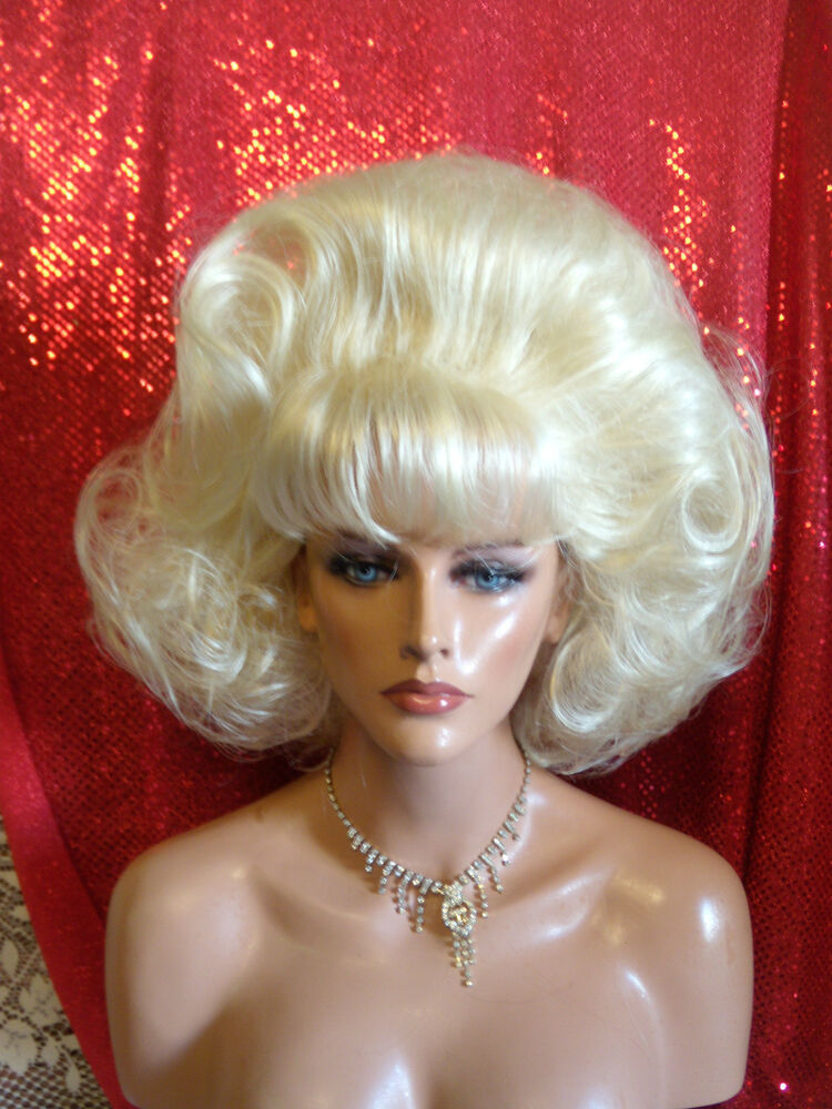 WIGS TO BE WILD IN FOR HALLOWEEN VEGAS GIRL WIGS PICK A ...