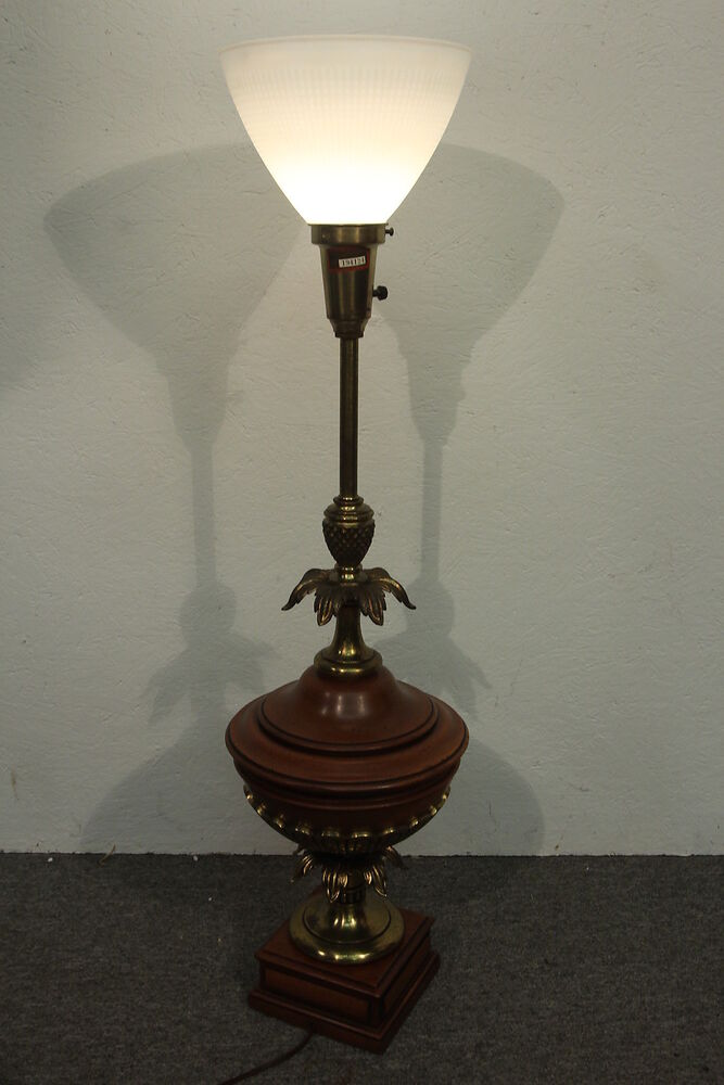 Colonial Table Lamps : Vintage colonial style pineapple electric table lamp