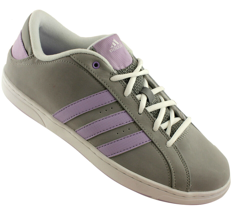 Shoe Stores That Carry Wide Casual Shoes