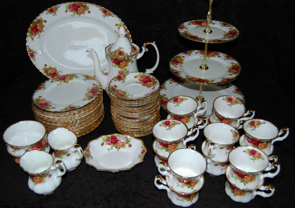 royal albert old country roses bone china geschirr teile zur auswahl ebay. Black Bedroom Furniture Sets. Home Design Ideas