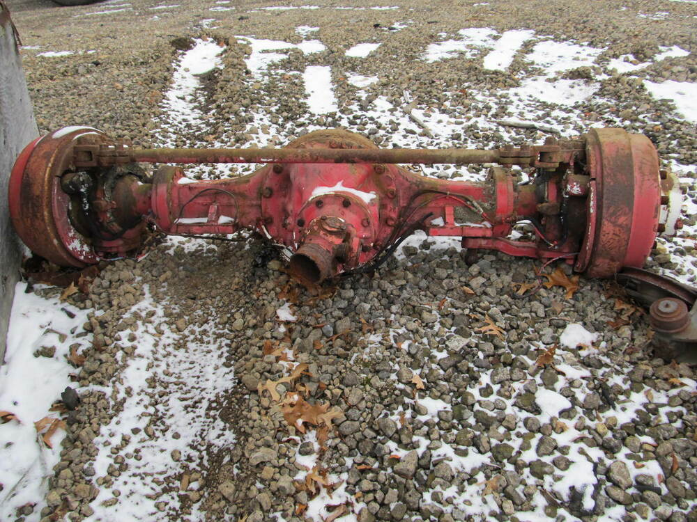 Wagon Front Axle : Oshkosh rockwell front steering drive axle a g