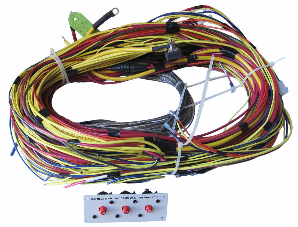 glastron boats gs 249 d c wire harness   breaker panel Trailer Wiring Harness Trailer Wiring Harness