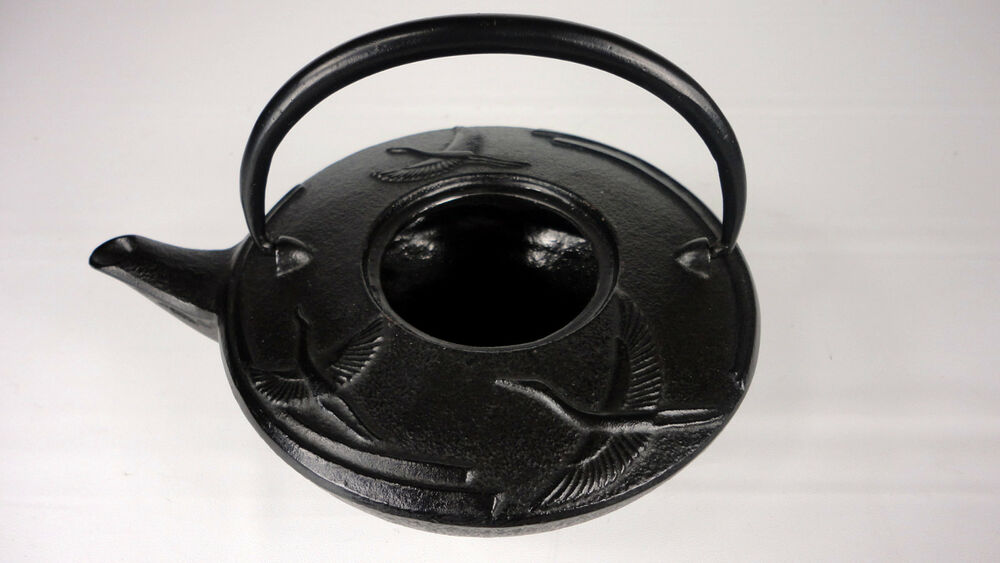 Japanese tetsubin black cast iron teapot with flying black crane no lid ebay - Elephant cast iron teapot ...