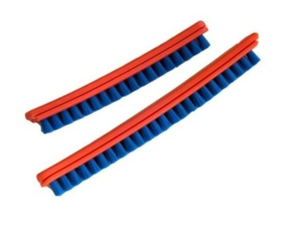 Vacuum cleaner brush strips