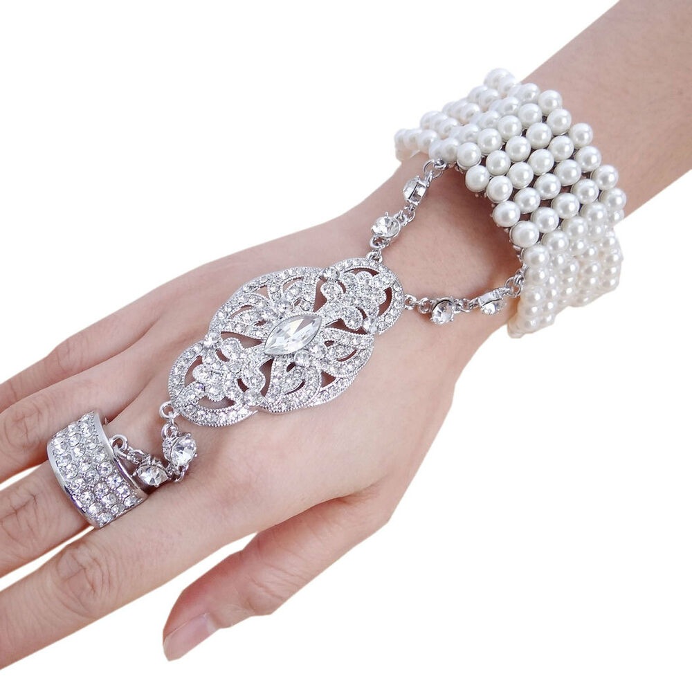 The Great Gatsby Pearl Chain Slave Hand Bracelet Ring
