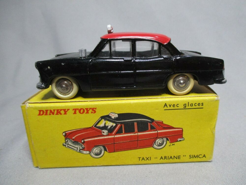 dv4435 dinky toys fr taxi g7 simca ariane ref 542 24zt 1960 bon etat ebay. Black Bedroom Furniture Sets. Home Design Ideas