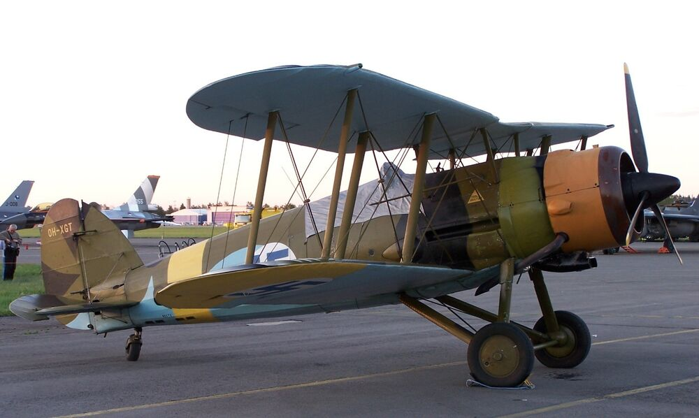 gloster singles The gloster e28/39, (also referred  worked in close cooperation with whittle to develop an otherwise conventional aircraft outfitted with a single power jets w1.