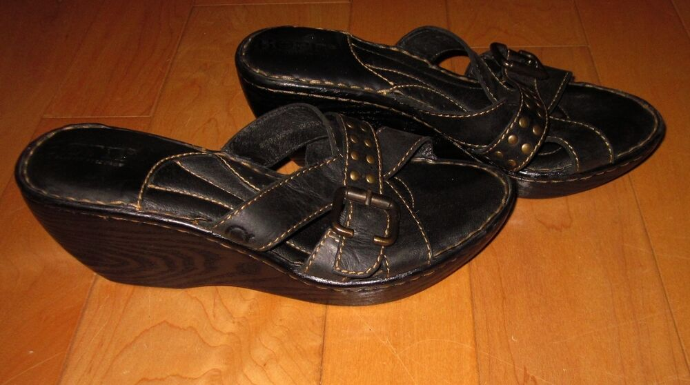 Born Womens Black Leather Slide Wedge Sandals W Rivets 8