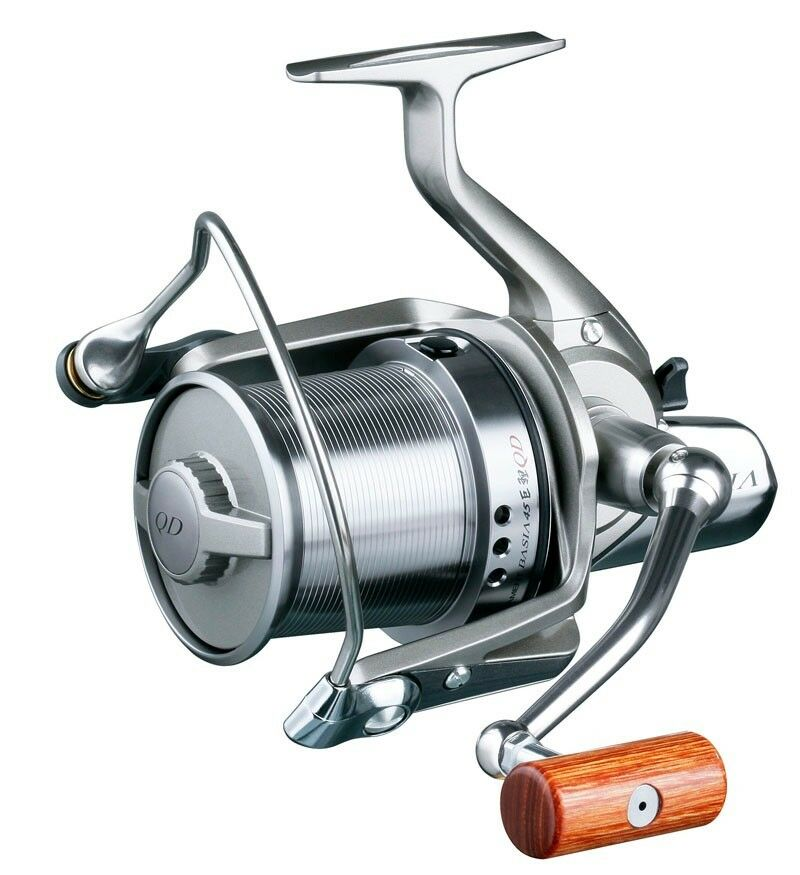 Daiwa basia 45 carp distance casting spinning reel for Tsunami fishing reels