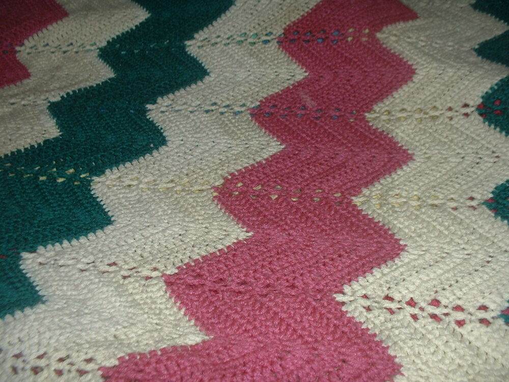 Crochet Patterns Zig Zag Blanket : Handmade Crochet Afghan Throw Blanket zig zag patterns eBay