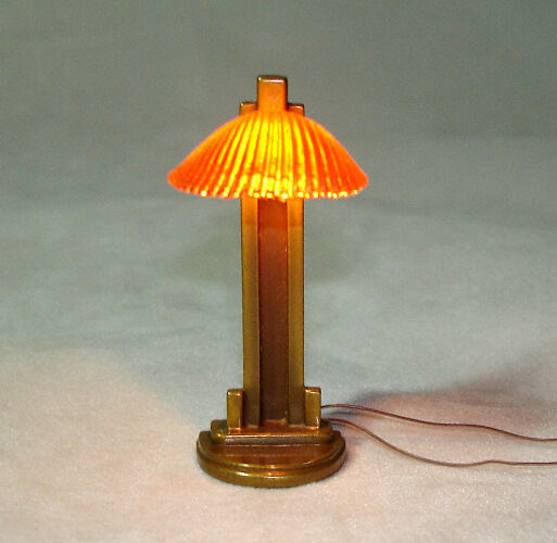 Dollhouse Lamp Miniatures: IGMA Jim Pounder Art Deco Style Clamshell Table Lamp 1:12