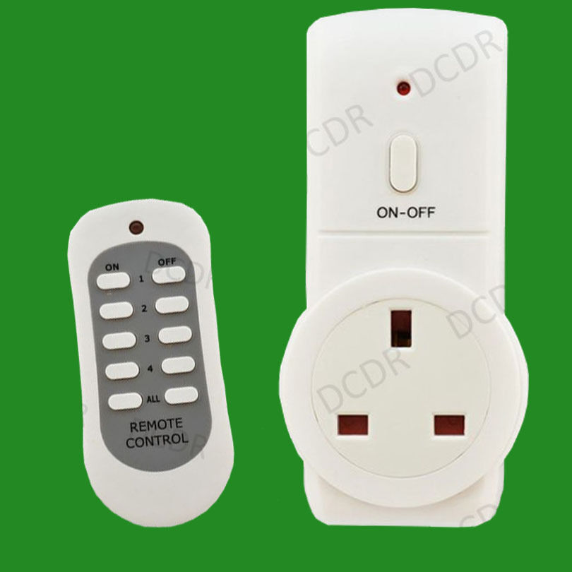 1x wireless uk plug in mains socket with remote control. Black Bedroom Furniture Sets. Home Design Ideas