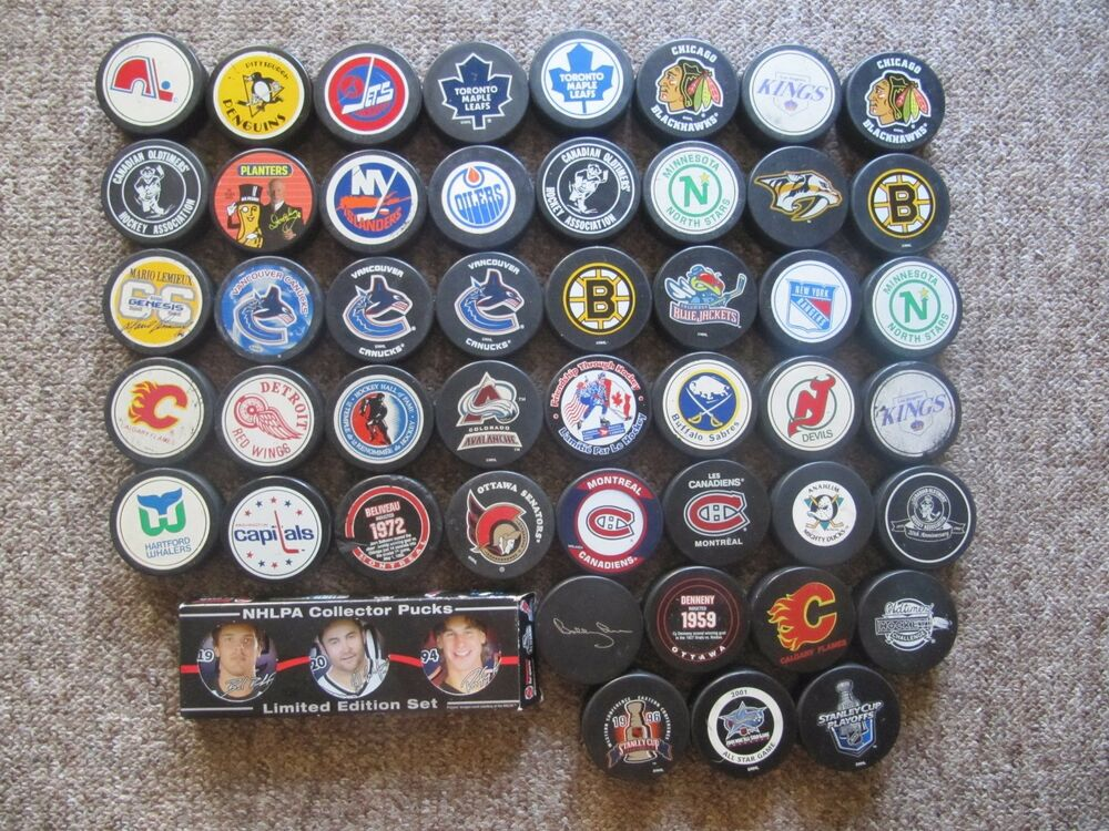 Nhl Game Puck Collection 44 Pucks With Bobby Orr 1996