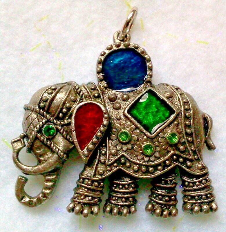 Lg elephant pendant antique silver finish made in the for Designhotel elephant prague 1 czech republic