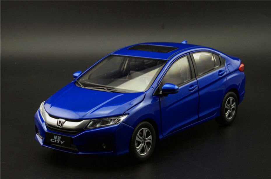 1:18 Honda City 2015 Die Cast Model