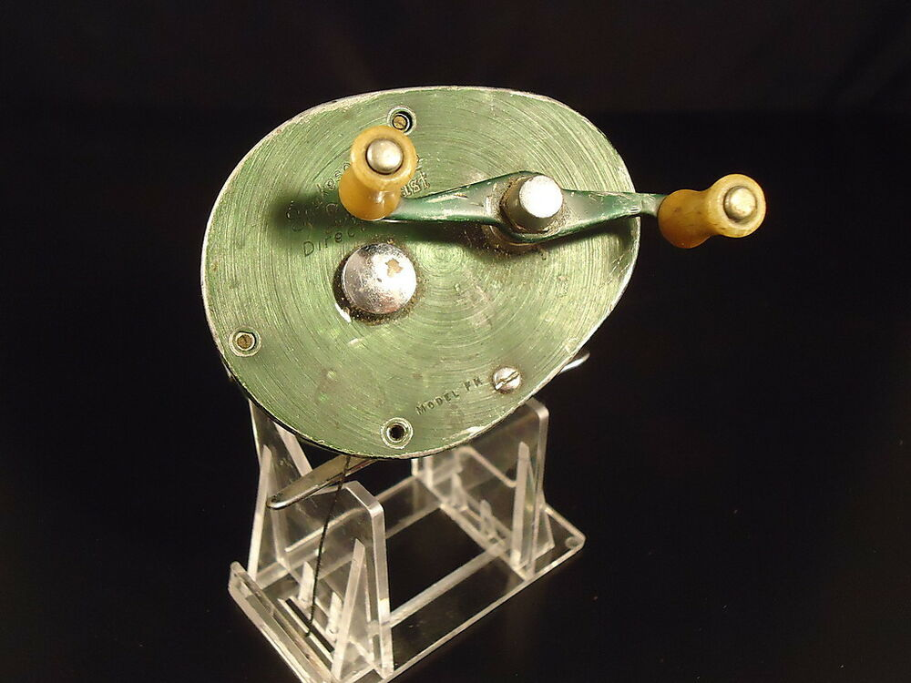 A Small Zebco 24 Pg 1969 A Large 1970 28 Pg Catalog as well 201864786155 besides The 1972 Zebco Catalog Zebco Spin Cast Production Charts as well Vintage Zebco Model 22 Fishing Reel 668 C 1c64526a6e further 361378925406. on zebco fishing reels ebay