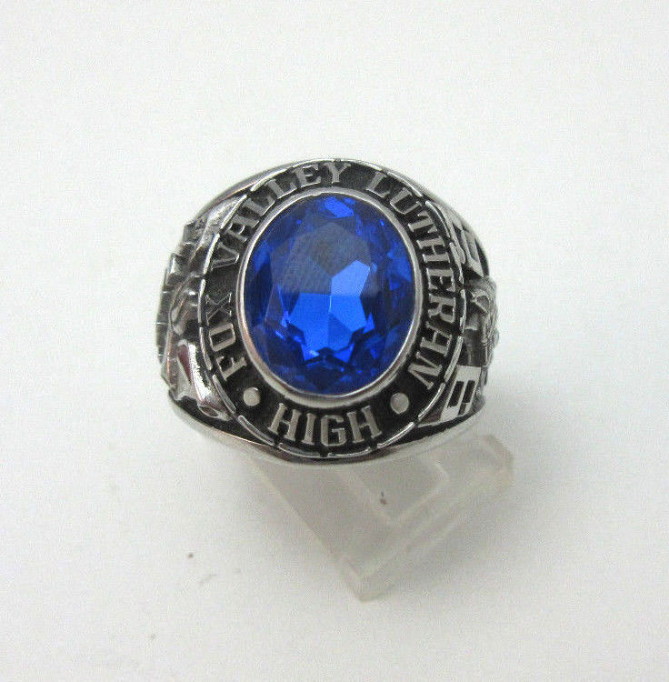 SILVER TONE VINTAGE FOX VALLEY LUTHERAN HIGH CLASS RING W ...  SILVER TONE VIN...