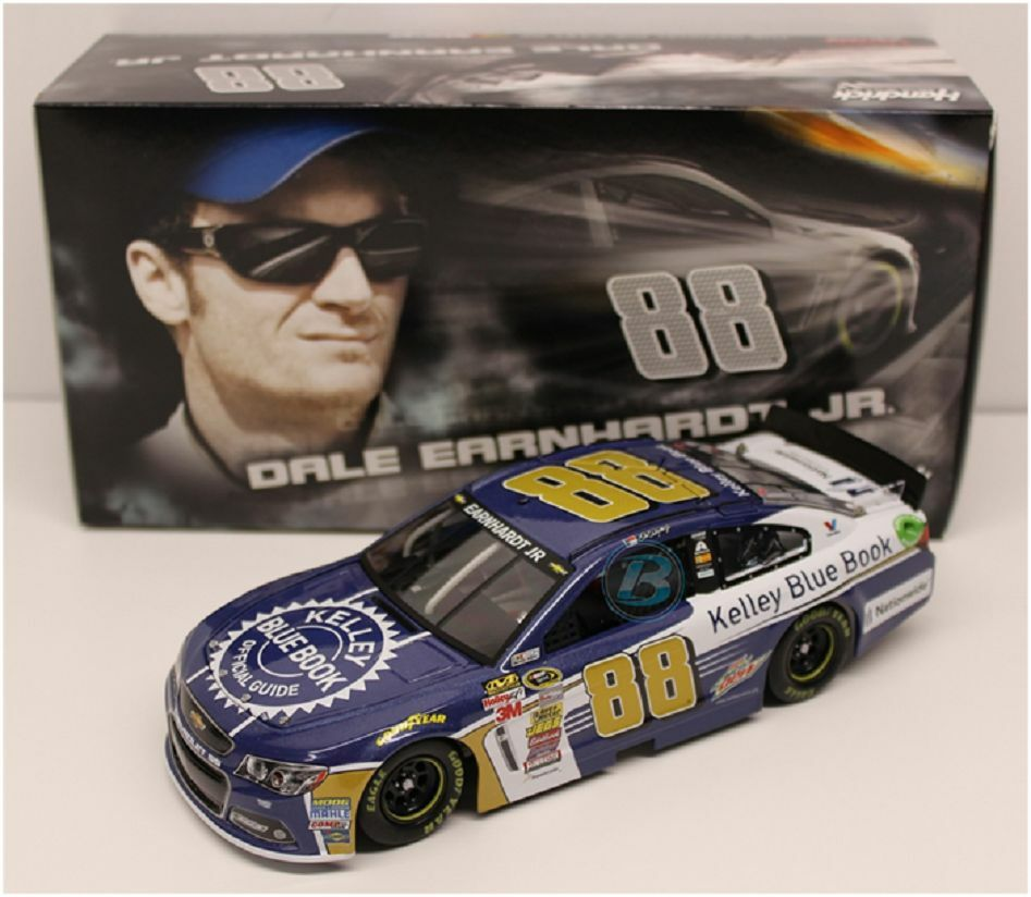 NASCAR 2015 DALE EARNHARDT JR #88 KELLEY BLUE BOOK 1/24