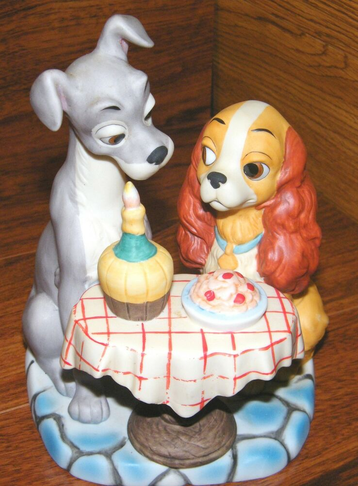 walt disney productions lady the tramp spaghetti dinner scene ceramic figurine ebay. Black Bedroom Furniture Sets. Home Design Ideas
