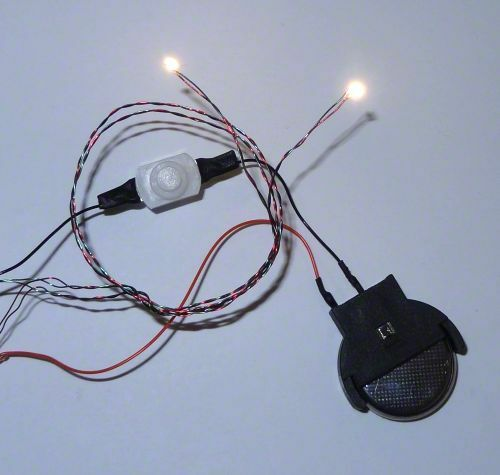 Dollhouse Miniatures Battery Lights: Warm White Nano LED Chip Light Set