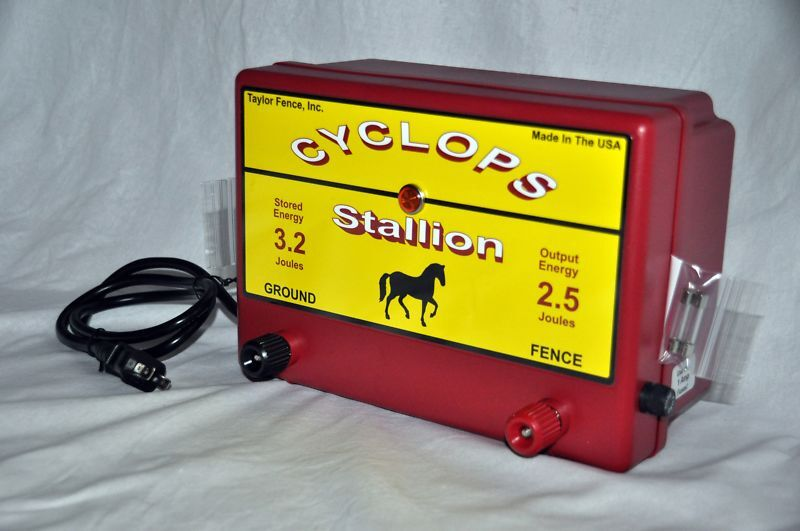 Cyclops Stallion 2 5 Joule Ac Powered Electric Fence