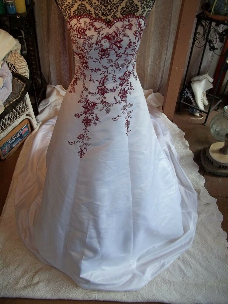 David39s bridal wedding dress size 4 gown white w red for Wedding gown preservation davids bridal