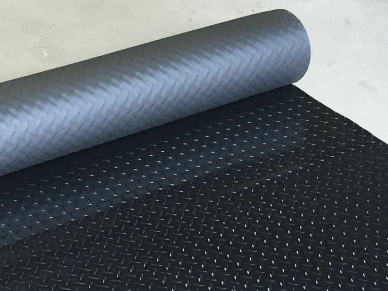 2 5m X 2m Checker Plate Pvc Rubber Garage Flooring Matting