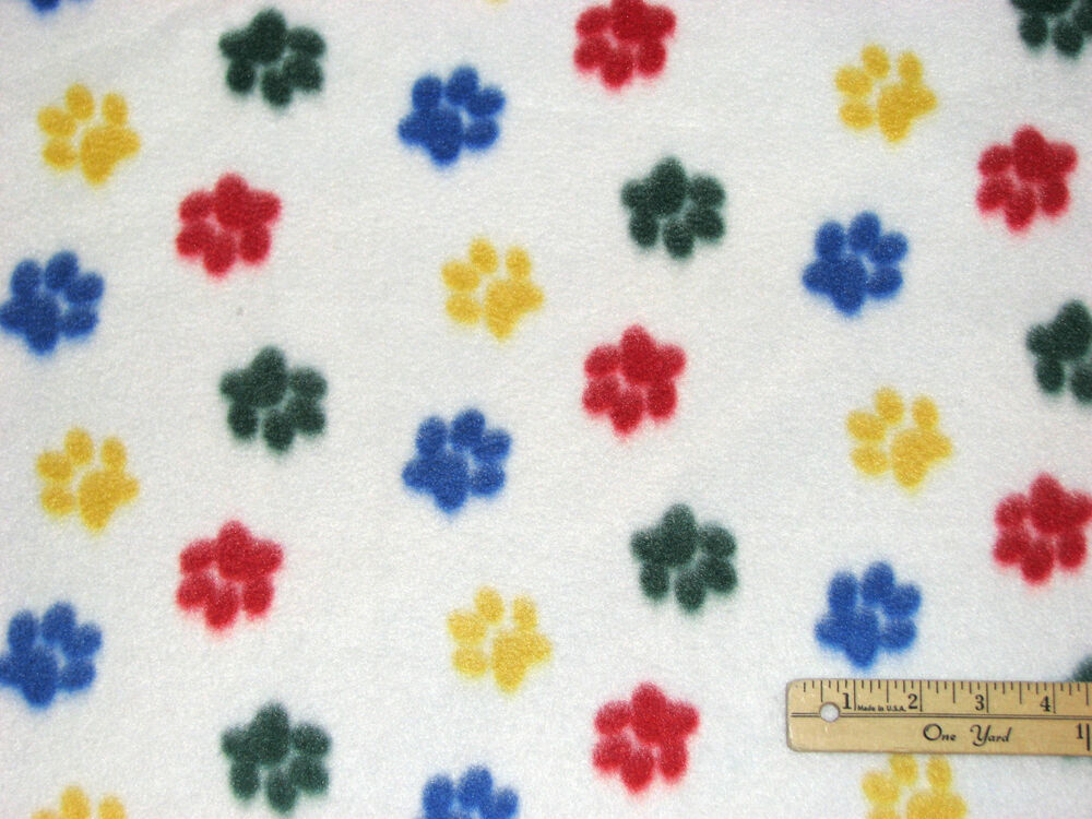 cat dog bright paws paw prints fleece fabric by the yard ebay. Black Bedroom Furniture Sets. Home Design Ideas