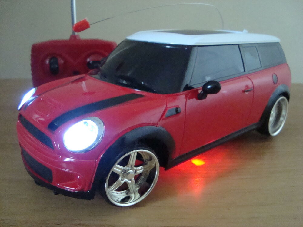 mini cooper clubman radio remote control car flashing led lights red ebay. Black Bedroom Furniture Sets. Home Design Ideas