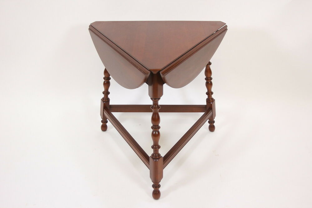 Willett Solid Cherry Round End Lamp Table Drop Leaf