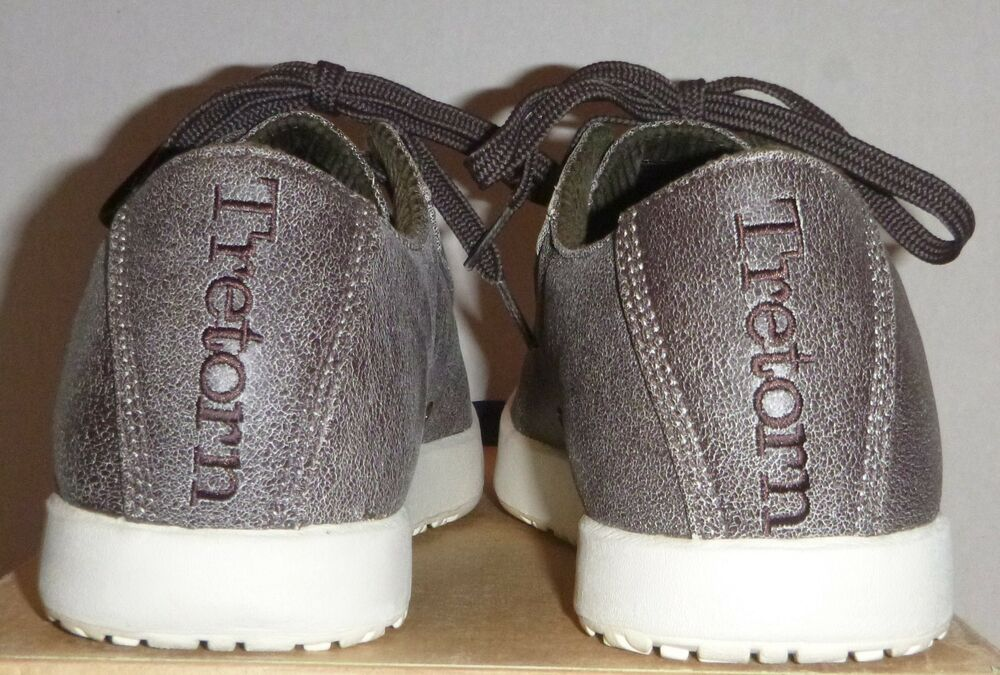 0d55ecde889 Vintage RARE 2005 Men s Tretorn by Puma Gullwing Classic Sneakers shoes  Size 8