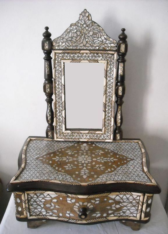Handcrafted syrian mother of pearl mosaic wood mirror for Meuble antique kijiji