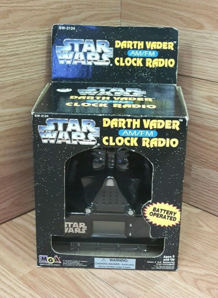 mga sw 3124 star wars darth vader am fm battery operated clock radio new ebay. Black Bedroom Furniture Sets. Home Design Ideas