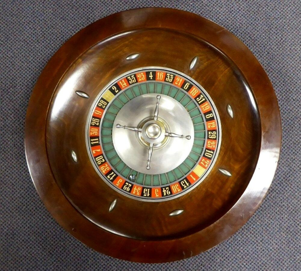 antique classic wood table top roulette gambling wheel 24 d 25 lbs 1930 ebay. Black Bedroom Furniture Sets. Home Design Ideas
